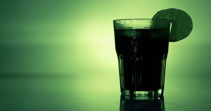 Čo robí alkohol s vaším akné?