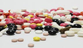 Liečba akné? Dajte si pozor na vedľajšie účinky